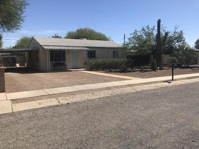 Single Family Home Active Contingent: 4542 E Timrod Street