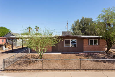 Tucson Single Family Home Active Contingent: 2242 W Calle Comodo
