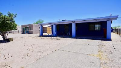 Tucson Single Family Home Active Contingent: 831 W Paris Promenade