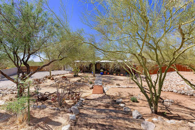 Tucson Single Family Home Active Contingent: 211 E Mountain Sunset Place