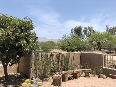 Tucson Townhouse Active Contingent: 4478 E Haven Lane