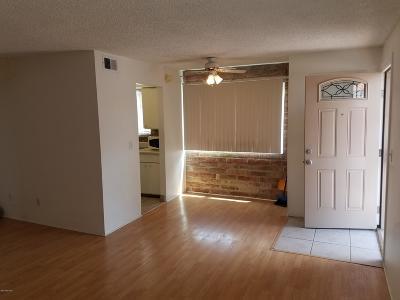 Tucson Condo For Sale: 6649 E Calle La Paz #D