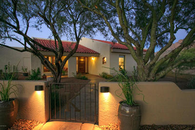 Oro Valley Single Family Home Active Contingent: 9020 N Camino De Anza