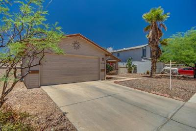 Pima County Single Family Home Active Contingent: 2560 W Tenbrook Way