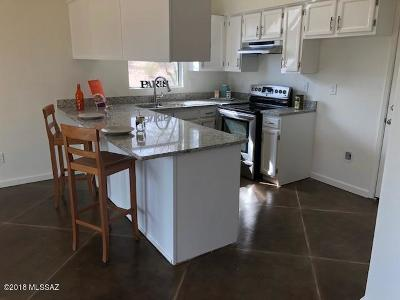 Tucson Townhouse Active Contingent: 4545 W Pyracantha Drive
