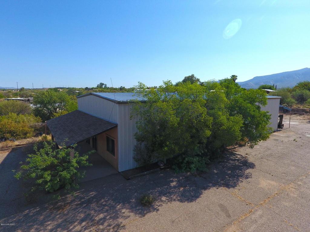 Listing: 13952 N Oracle Road, Tucson, AZ.| MLS# 21816869 | Reliance ...