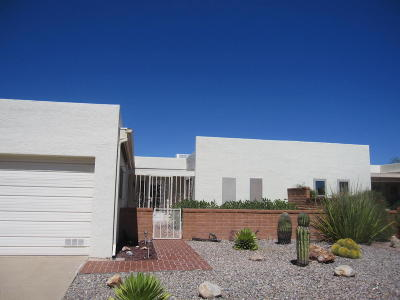 Green Valley Townhouse Active Contingent: 675 S Los Opalos