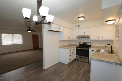 Pima County Townhouse For Sale: 8301 E Via Arboleda