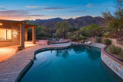 Tucson AZ Single Family Home For Sale: $569,000