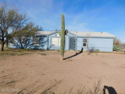 Catalina, Corona De Tucson, Green Valley, Marana, Oro Valley, Sahuarita, South Tucson, Tucson, Vail Manufactured Home Active Contingent: 5163 N Blacktail Road