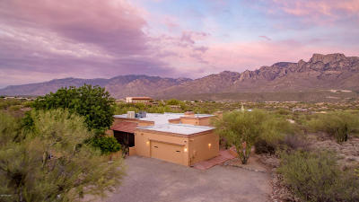 Oro Valley Single Family Home Active Contingent: 11402 N 1st Avenue