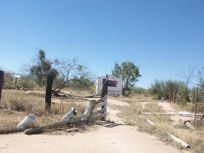 Corona De Tucson, Green Valley, Marana, Mt. Lemmon, Oro Valley, South Tucson, Tucson, Vail Manufactured Home For Sale: 14525 W Applejack Road