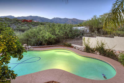 Single Family Home Active Contingent: 5909 E Paseo Cimarron