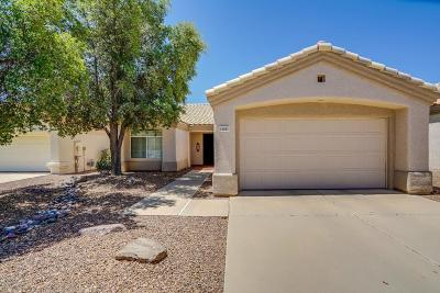 Oro Valley Single Family Home Active Contingent: 13491 N Tom Ryans Way