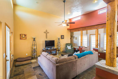 Single Family Home For Sale: 90 Camino Nacozari