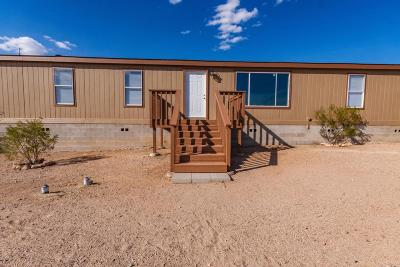 Manufactured Home Active Contingent: 13669 S Hound Dog Road