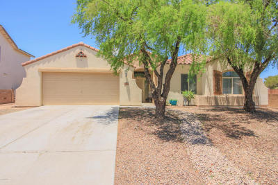 Tucson Single Family Home Active Contingent: 9527 N Stonebrook Drive