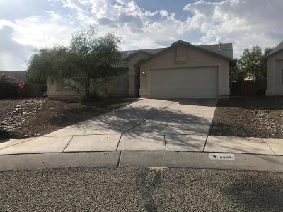 Single Family Home For Sale: 8931 N Bottlebush Lane