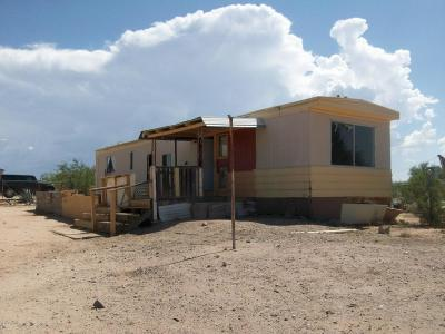 Corona De Tucson, Green Valley, Marana, Mt. Lemmon, Oro Valley, South Tucson, Tucson, Vail Manufactured Home For Sale: 11402 S Cherokee Lane
