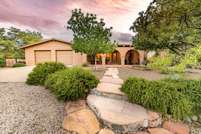 Oracle Single Family Home Active Contingent: 800 S Coronado Ridge Road