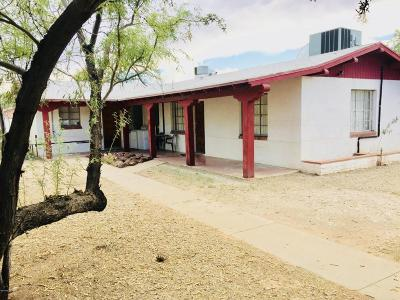 Residential Income For Sale: 1140 E 7th Street