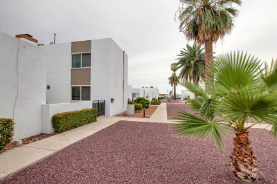 Pima County Townhouse For Sale: 6531 E Golf Links Road