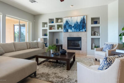 Single Family Home For Sale: 6153 N Via Jaspeada