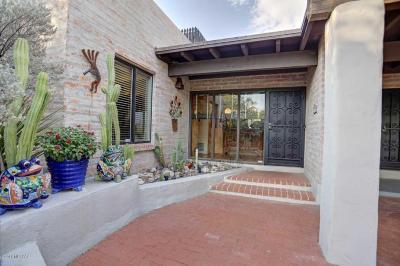 Tucson Single Family Home For Sale: 4925 N Via Serenidad
