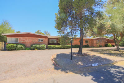Tucson Single Family Home Active Contingent: 660 N Camino Miramonte