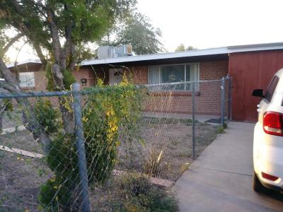 Single Family Home For Sale: 1662 W Farr Street