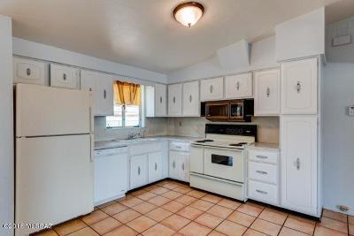 Single Family Home For Sale: 4101 E Kings Road
