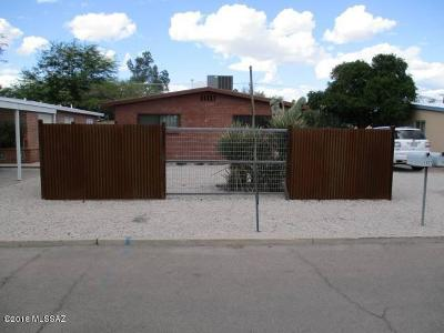 Residential Income For Sale: 1321-1323 E Elm