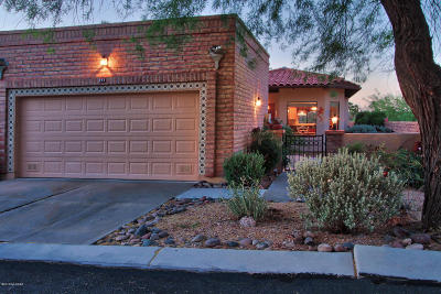 Oro Valley Townhouse Active Contingent: 297 E Southern Pines Drive