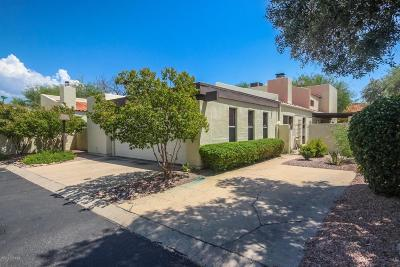 Pima County Townhouse For Sale: 2902 N Cascada Circle