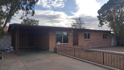 Pima County, Pinal County Single Family Home Active Contingent: 3744 E Helena Stravenue