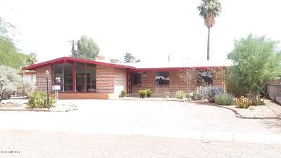 Tucson Single Family Home For Sale: 6052 E Oak Street