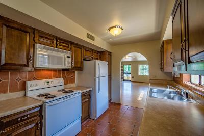 Tucson Single Family Home For Sale: 536 E University Boulevard
