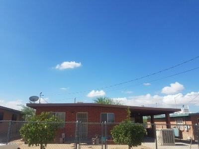 Single Family Home For Sale: 861 W Calle Progreso