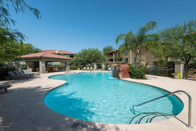 Tucson Condo For Sale: 5751 N Kolb Road #21207