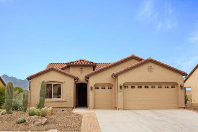 Single Family Home For Sale: 62775 E Oakwood Drive