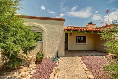 Townhouse For Sale: 6370 N Orange Tree Drive