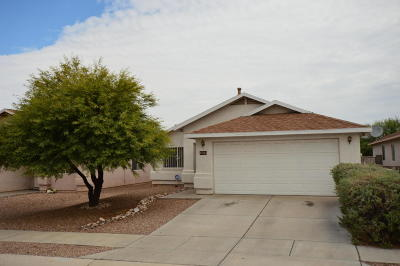 Pima County Single Family Home Active Contingent: 1693 E St Apollonia Street