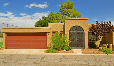 Pima County Townhouse For Sale: 752 N Hayden Drive
