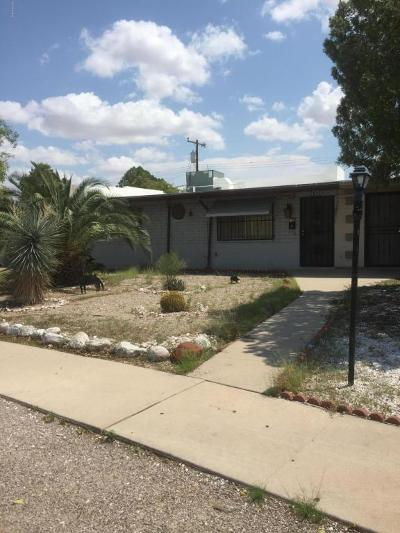 Pima County, Pinal County Townhouse For Sale: 4986 S Highland Drive