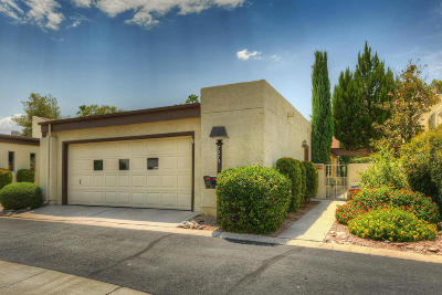 Pima County Townhouse For Sale: 7273 E Onda Circle