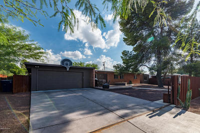 Pima County Single Family Home For Sale: 7432 E Calle La Vega