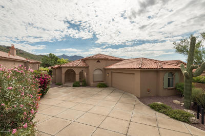 Ventana Canyon Estates (1-63), Ventana Canyon Estates (110-148, 179-185), Ventana Canyon Golf Villas, Ventana Country Club Estates (1-67) Single Family Home Active Contingent: 6386 N Desert Wind Circle