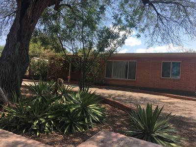 Single Family Home For Sale: 2834 E Calle Glorietta