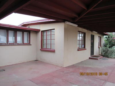 Single Family Home Active Contingent: 1130 E Fort Lowell Road