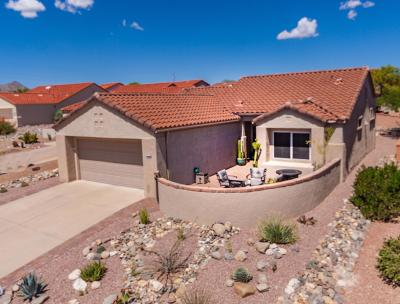 Oro Valley Single Family Home Active Contingent: 923 E Sedona Place